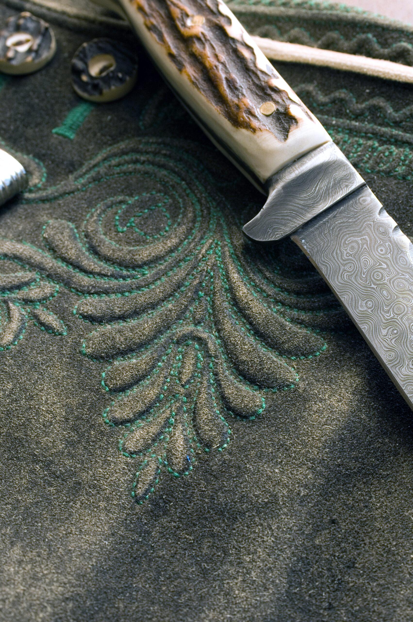 Detailaufnahme Handstickerei