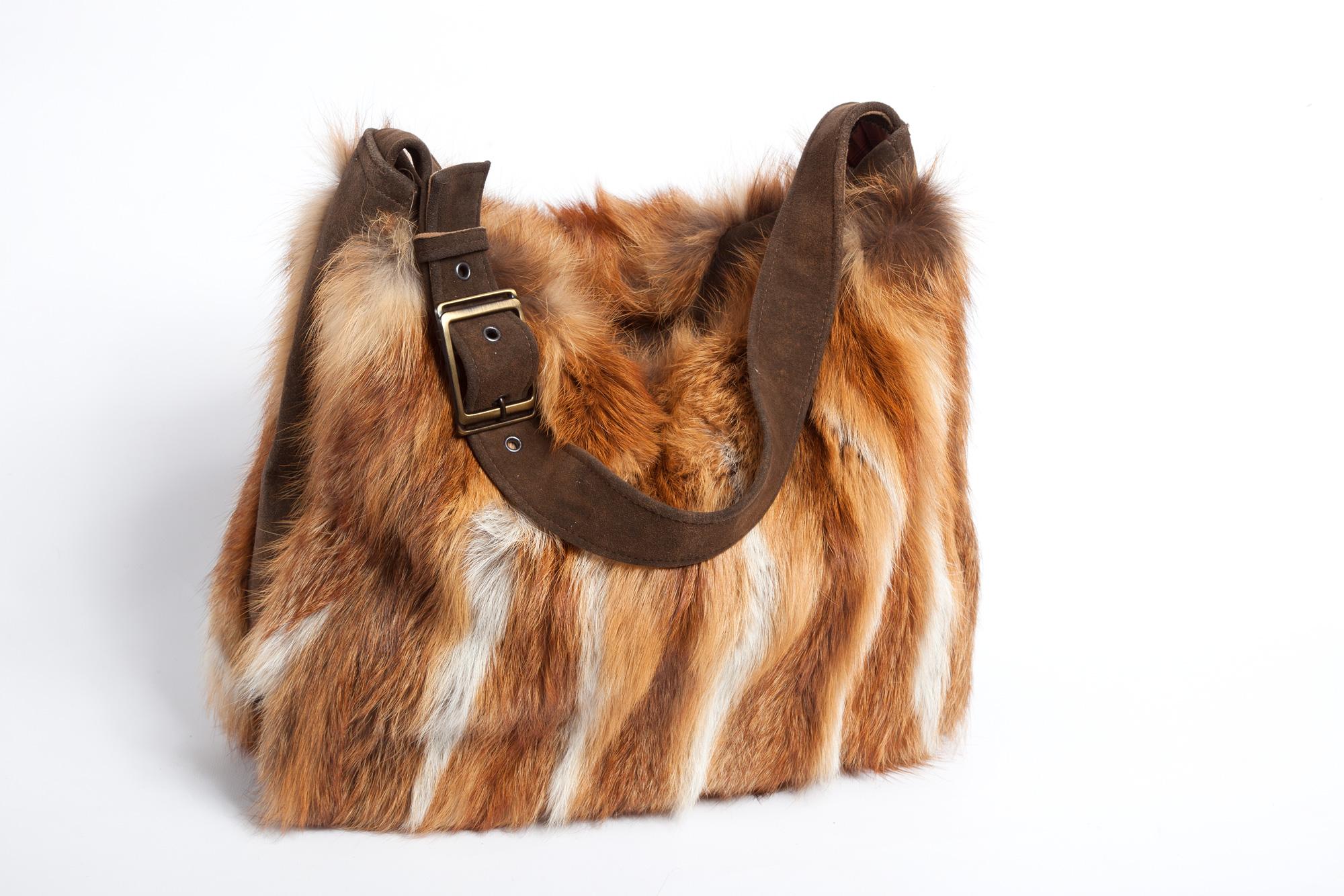 Tasche aus Hirschleder und Fuchs